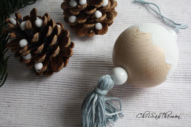 weihnachtsschmuck aus holzkugeln selber basteln. Black Bedroom Furniture Sets. Home Design Ideas